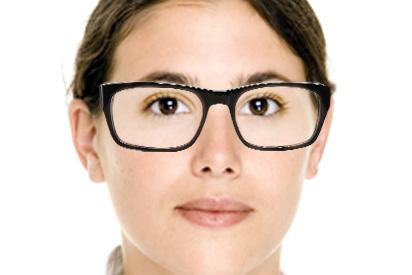 Ovale Gesichtsform mit Brille